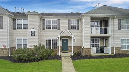 Apartment for rent in 30 Greenview Way, Toms River, NJ, 08753