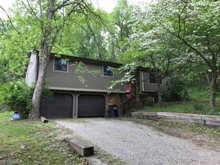 Single Family for sale in 1654 Fairhill Rd Northeast, New Philadelphia, OH, 44663