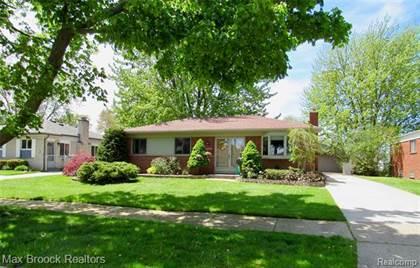 Residential for sale in 30319 PALOMINO Drive, Warren, MI, 48093