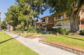 Townhouse for sale in 19545 Sherman Way 75, Reseda, CA, 91335