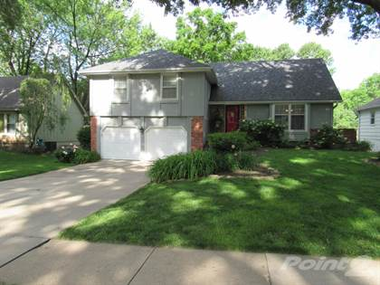 Residential Property for sale in 9816 Carter Drive, Overland Park, KS, 66212