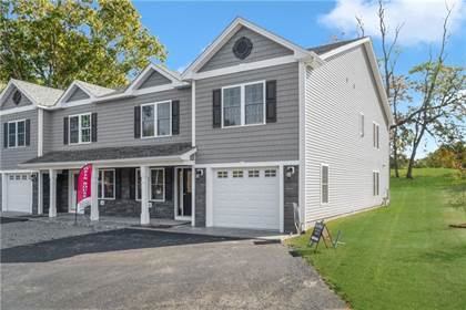 Residential Property for sale in 130 SOUTH Road, East Greenwich, RI, 02818