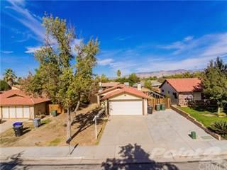 Residential Property for sale in 420 Val Verde Drive, Hemet, CA, 92543