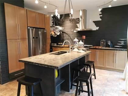 Residential Property for sale in 434 Montreal Circ, Hamilton, Ontario, L8E 0E2