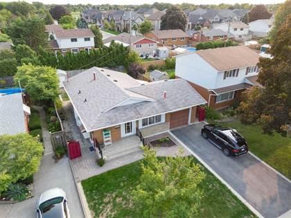 Residential Property for sale in 25 Darlington Dr, Hamilton, Ontario, L9C 2L8