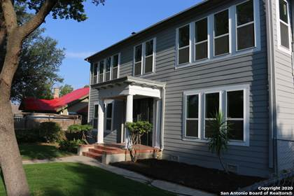 Multifamily for sale in 1127 W WOODLAWN AVE, San Antonio, TX, 78201
