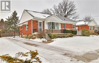 Single Family for sale in 15 MULOCK Avenue, Hamilton, Ontario, L8T1H4