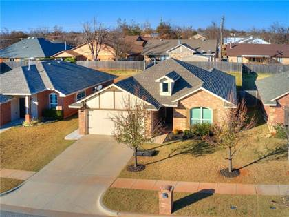 Residential for sale in 12037 SW 8th Street, Oklahoma City, OK, 73099