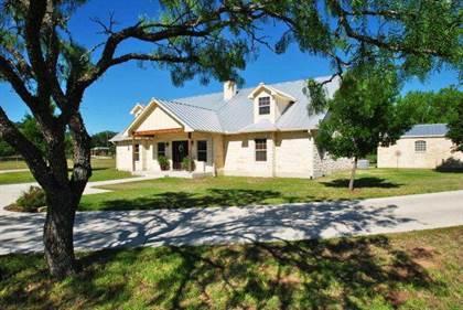 Residential Property for rent in 1111 Kneese Rd, Fredericksburg, TX, 78624