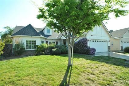 Residential for sale in 3230 N Dee Ann Avenue, Fresno, CA, 93727