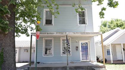 Multifamily for sale in 601 East Main Street, De Soto, MO, 63020