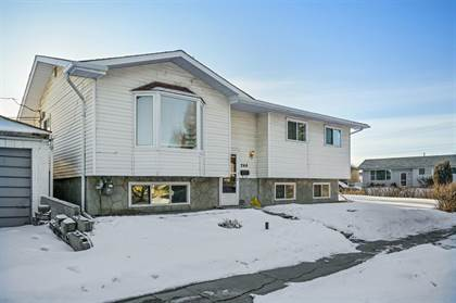 Single Family for sale in 244 Penbrooke Close SE, Calgary, Alberta, T2A3P1