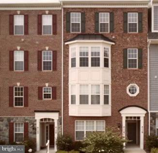 Residential Property for sale in 4116 POTOMAC HIGHLANDS CIRCLE 10, Triangle, VA, 22172