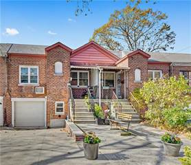 Townhouse for sale in 2511 Tenbroeck Avenue, Bronx, NY, 10469
