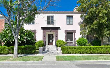 Apartment for rent in 137-145 S. Elm Dr, Beverly Hills, CA, 90212