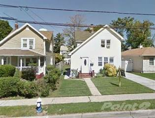 House for sale in 261 E. Columbia St., Hempstead, NY, 11550