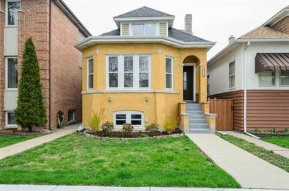 Multifamily for sale in 4613 North Kedvale Avenue, Chicago, IL, 60630