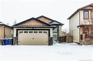 Residential Property for sale in 552 Sunridge Crescent W, Lethbridge, Alberta, T1J 0T1