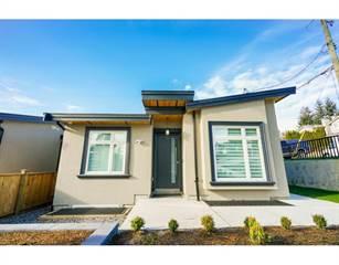 Condo for sale in 8225 ROYAL OAK AVENUE, Burnaby, British Columbia, V5J4L1