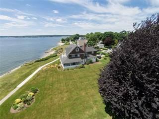 House for sale in 203 Promenade Avenue, Warwick, RI, 02886