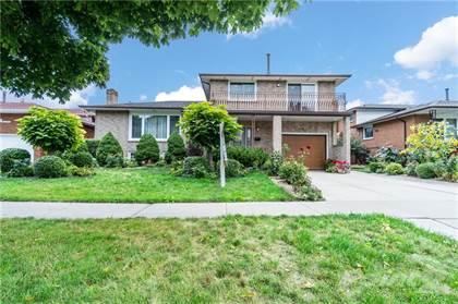 Residential Property for sale in 92 ELLINGTON Avenue, Stoney Creek, Ontario, L8E 3T6