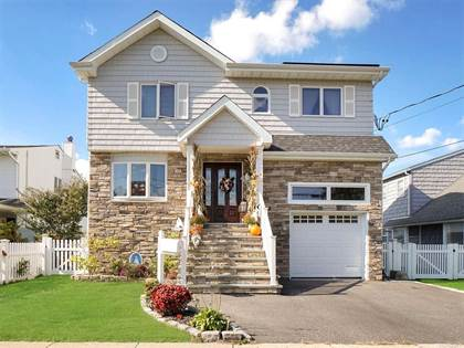 Residential Property for sale in 68 Division Avenue, Massapequa, NY, 11758