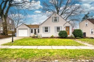 House for sale in 110 Bryant Road, Cranston, RI, 02910