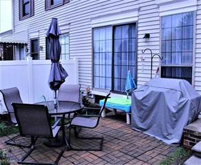 Townhouse for sale in 38884 E Golfview DR, Greater Mount Clemens, MI, 48038