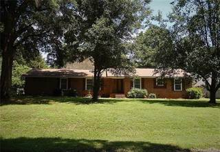 Single Family for sale in 8810 Holiday Drive, Charlotte, NC, 28215
