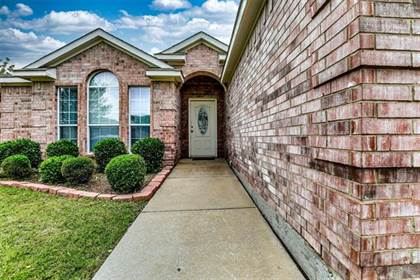 Residential for sale in 1509 Mt Zion Drive, Arlington, TX, 76018