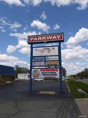 Comm/Ind for sale in 37235-37245 S Groesbeck Highway, Greater Mount Clemens, MI, 48036