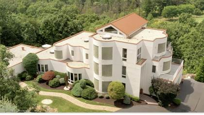 Residential Property for sale in 110 Glenmaura Dr, Moosic, PA, 18507