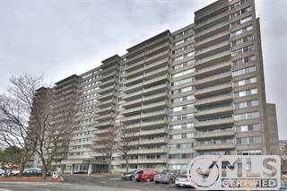 Residential Property for sale in 730 Boul. Montpellier 1008, Montreal, Quebec