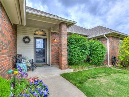 Residential for sale in 8336 NW 105th Street, Oklahoma City, OK, 73162