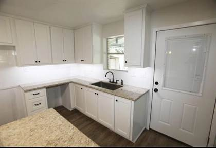 Residential Property for sale in 2010 wildwood, Orange, TX, 77632