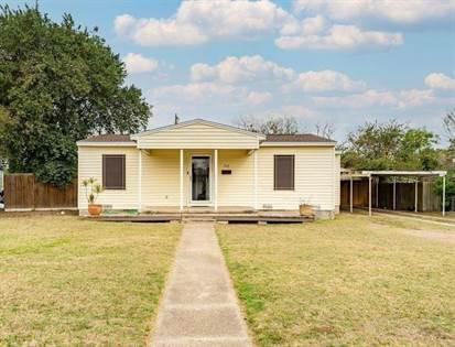 Residential for sale in 702 E Shelton St, Kingsville, TX, 78363