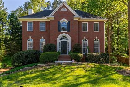 Residential Property for sale in 2364 Meadow Isle Lane, Lawrenceville, GA, 30043