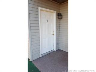 Condo for rent in 607 Rolling Hills Drive E, Tahlequah, OK, 74464