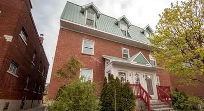 Apartment for rent in 31 Florence Street, Ottawa, Ontario, K2P 0W6
