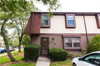 Townhouse for sale in 6101 Hana Road, Edison, NJ, 08817