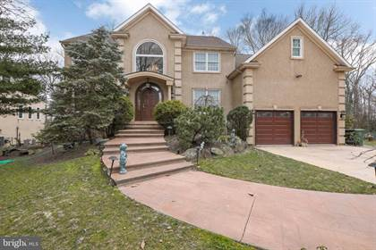 Residential Property for sale in 11 SAINT MORITZ LN, Cherry Hill, NJ, 08003