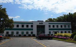 Comm/Ind for rent in 601 Route 37 W 100 / 101 / 103, Toms River, NJ, 08755