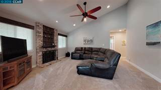 Single Family for sale in 582 Mt Dell Drive, Clayton, CA, 94517