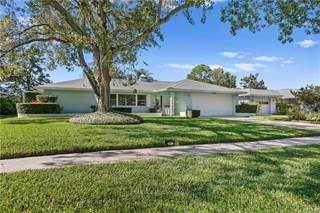 Single Family for sale in 1936 CLEARVIEW LAKE DRIVE, Clearwater, FL, 33755