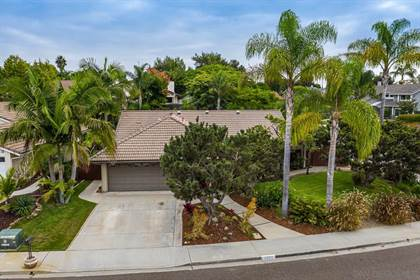 Residential Property for sale in 7964 Represa Circle, Carlsbad, CA, 92009