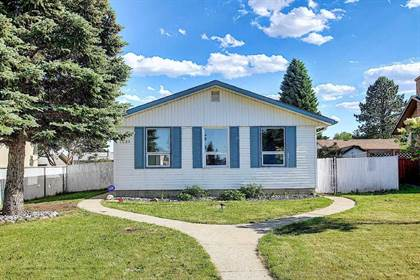 Single Family for sale in 3223 112 AV NW, Edmonton, Alberta, T5W0M1