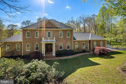 Residential Property for sale in 12820 DUNVEGAN DR, Clifton, VA, 20124