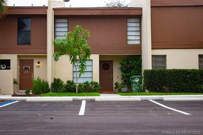 Residential Property for sale in 9250 NW 16th St 9250, Pembroke Pines, FL, 33024