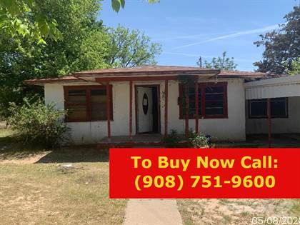 Residential Property for sale in 1020 W. 4th Street, Littlefield, TX, 79339