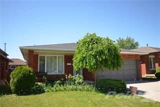 Residential Property for sale in 306 STONE CHURCH Road E, Hamilton, Ontario